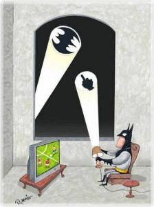 бэтмен смотрит футбол