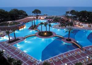 Кемер – популярный курорт в Турции