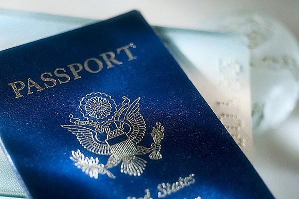 Как получить иностранный паспорт за деньги