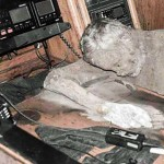 Обнаружена яхта с мумией капитана на борту