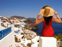 Журналист взорвал сети историей о встрече с российскими туристами в Греци