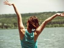 Американский лайф-коуч раскрыла четыре секрета ежедневного счастья