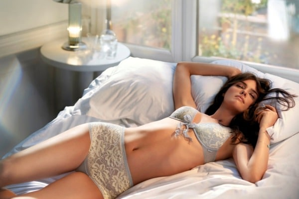 Как спать в жару и духоту