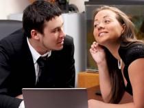 17 признаков того, что ваш босс в вас влюбился