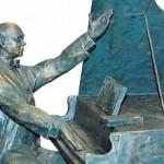 Скульптор Александр Скорых: «Холодный камень нужно согреть теплом своих рук и души»