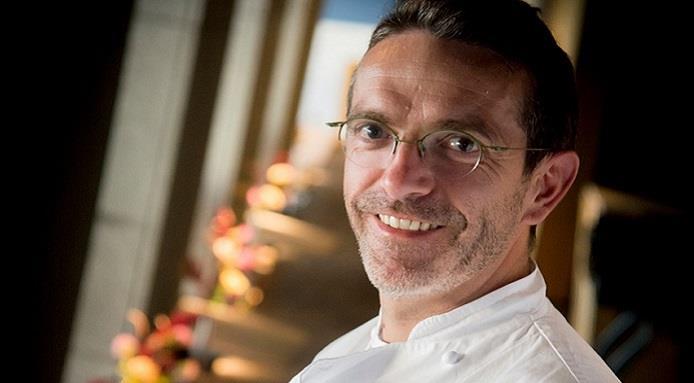 Впервые в истории шеф-повар попросил забрать звезды Мишлен
