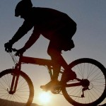 На велосипедах по США и Канаде с информацией об Украине