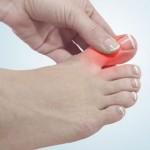 На какое серьезное заболевание указывает внезапная боль в пальце ноги