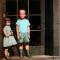 На самой страшной картине в мире нарисован мальчик и кукла